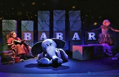 /media/noticias/fotos/pr/2020/10/23/2020-10-23-historia-de-babar-el-pequeno-elefante-en-boadilla-del-monte_thumb.jpg