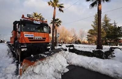 /media/noticias/fotos/pr/2021/01/12/mas-del-60-de-calles-y-carreteras-de-boadilla-ya-estan-libres-de-nieve-y-transitables_thumb.jpg