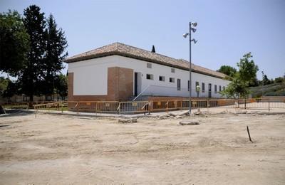 /media/noticias/fotos/pr/2021/07/21/el-ayuntamiento-remodela-la-zona-de-aparcamiento-del-aula-medioambiental_thumb.jpg